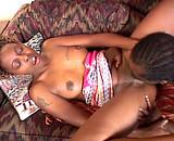 Téléchargement de Cochonne black baise avec un de ses meilleurs potes