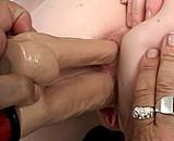 Téléchargement de Vieille mémé s'envoie en l'air avec une jeunette