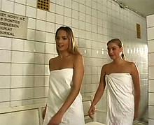 Sodomie furieuse d'une hongroise au cul incroyable
