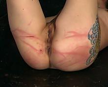 .Fille de 18 ans soumise torturée par un sadique