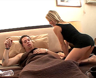 Téléchargement de Cougar sans complexe dans un bon porno