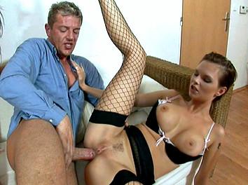 Tarra White et sa copine :  Le patron baise deux secrétaires hyper sexy  3
