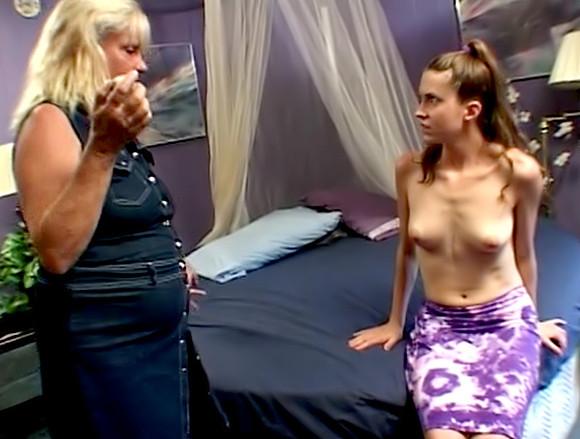vieille salope en lingerie femme mature fontaine