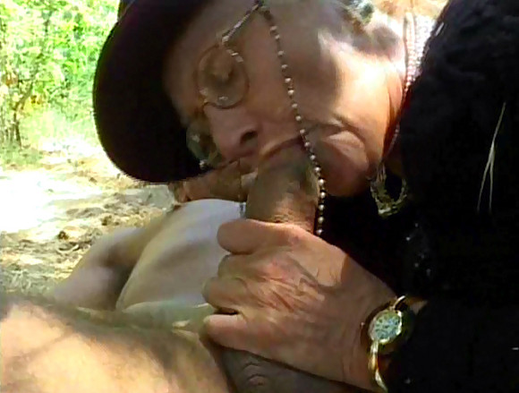 partage sa femme vieille bourgeoise baise